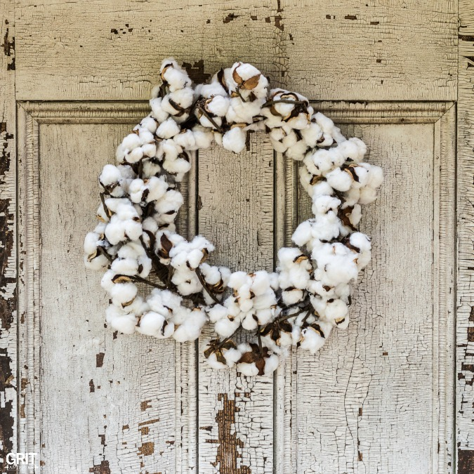 Fall Decorating with Cotton. Antique tobacco basket and cotton wreath for a Fall porch.