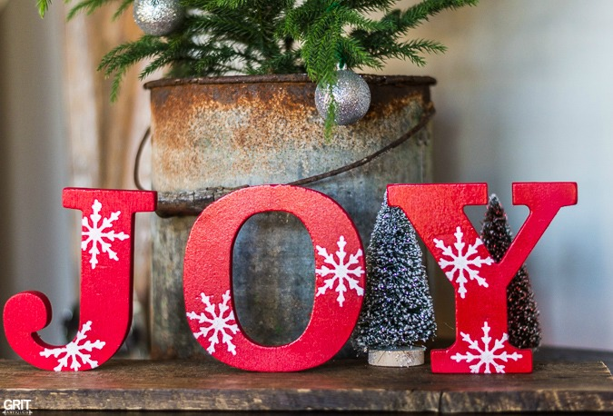 Simple Diy Christmas Joy Sign Wooden Letters Spray Paint